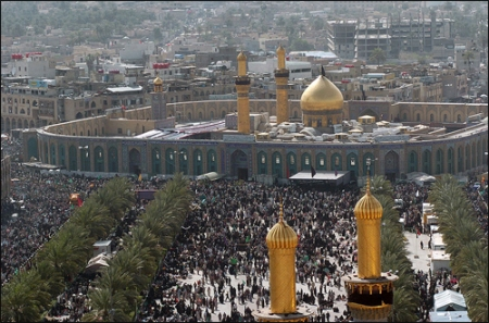 Shia Muslims at Hussain Mosque in Karbala  during Arba'een. Source: Wikimedia Commons.