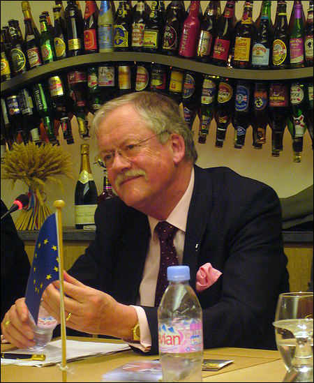 East Midlands Member of the European Parliament; Roger Helmer. Source: Berchemboy at en.wikipedia [CC-BY-SA-3.0 (http://creativecommons.org/licenses/by-sa/3.0) or GFDL (http://www.gnu.org/copyleft/fdl.html)], from Wikimedia Commons.